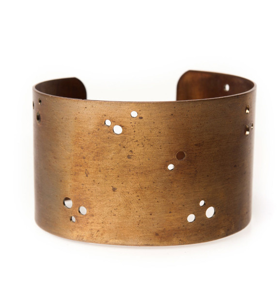 ElaineB-Antique-Brass-Cuff-Large-1_grande